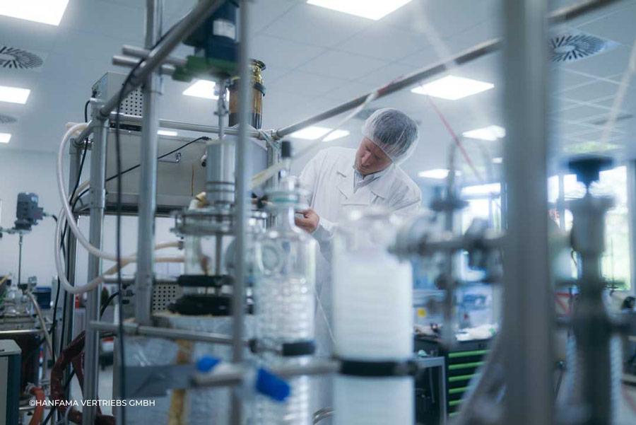 Cannabisöl-Herstellung in einem Labor